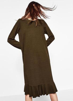 Платье миди с оборкой, хаки1 фото