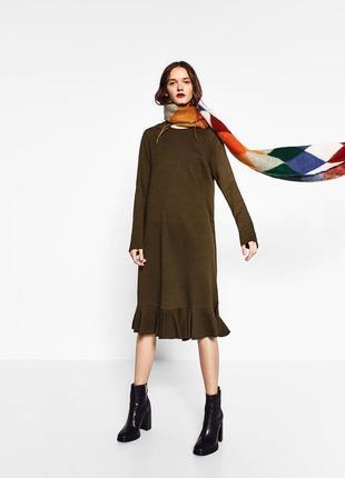 Платье миди с оборкой, хаки3 фото