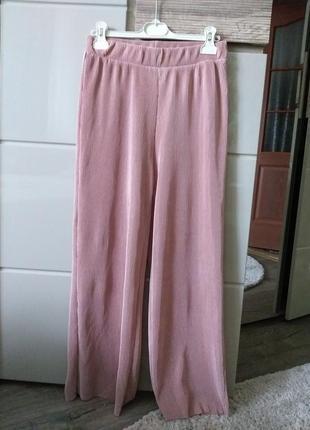 M-l легкие плессированные брюки vero moda1
