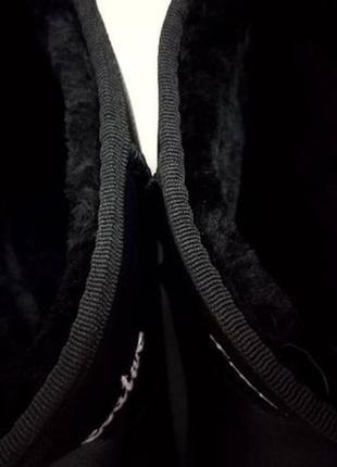 Крутые уги с теплым мехом и белой вышивкой, размер 41, новые2 фото