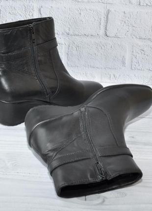 Новые ботинки на танкетке 37р 24см индия сток2
