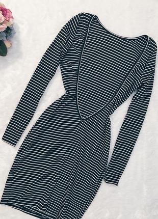 Шикарное новое платье в полоску в рубчик с вырезом m-l4