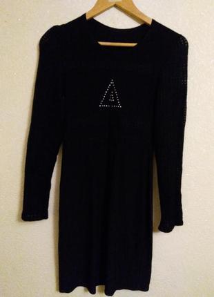 Нарядное платье с рукавом сеткой