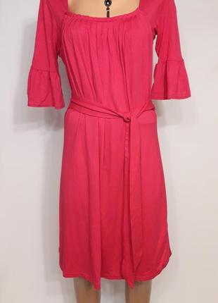 Трикотажное платье цвета фуксии1 фото