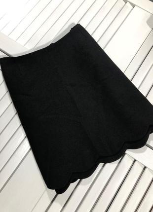 🌿 базовая, черная мини юбка с волнистым низом от asos3