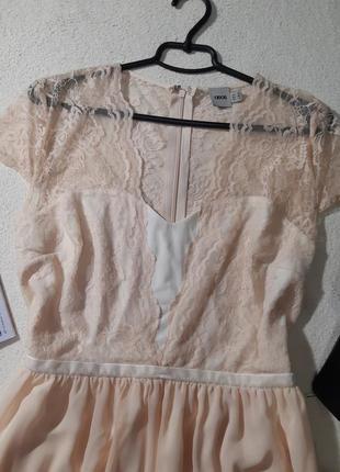Красивoе нежнейшее платье. размер xxl маломерит наxl3 фото