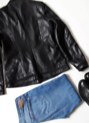 Кожаная короткая куртка2 фото