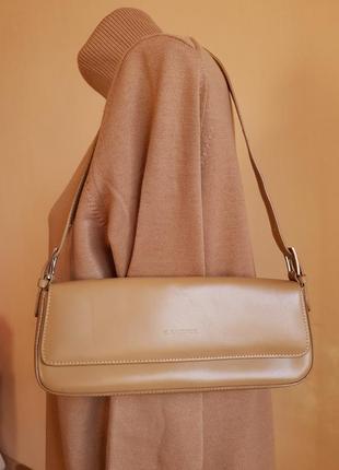Стильная сумка нат. кожа c.valentini италия