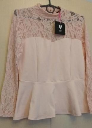 Блузка нежно-розового цвета