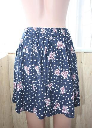 Лёгкая юбка в цветочный принт4 фото