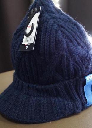 Стильная шапочка с козырьком от сropp1 фото