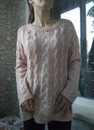 Теплый свитер кофта в косичку