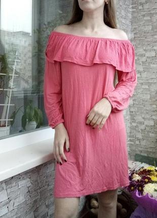 Платье свободного прямого кроя1