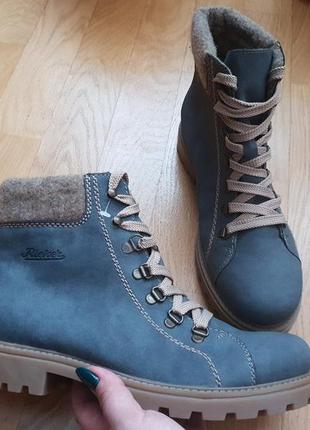 Новые фирменные утепленные шерстью ботинки 39р./26 см1 фото
