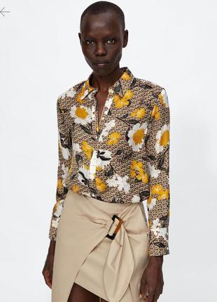 Красивая блуза zara с принтом красивых цветов1 фото