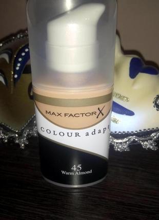 Tональный крем max factor colour adapt