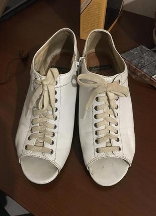 Туфли белые vagabond