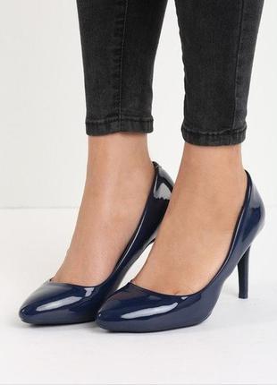 Синие туфли лодочки