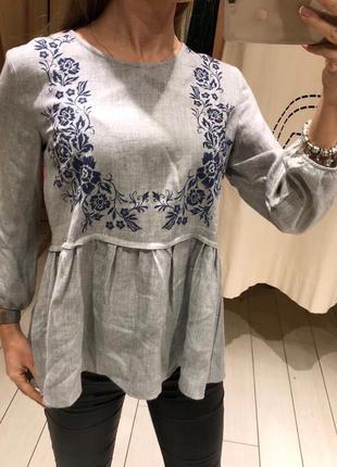 Серая блуза с вышивкой рубашка house есть размеры