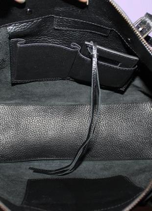Шикарная крутая большая кожаная сумка balenciaga номер италия5 фото
