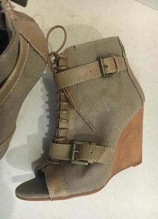 Льняные фирменные летние ботинки длина стельки 25.5 см