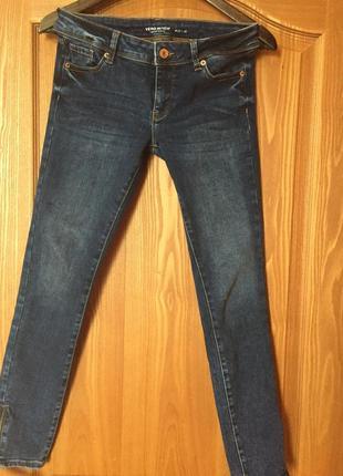 Отличные джинсы vero  moda 27р