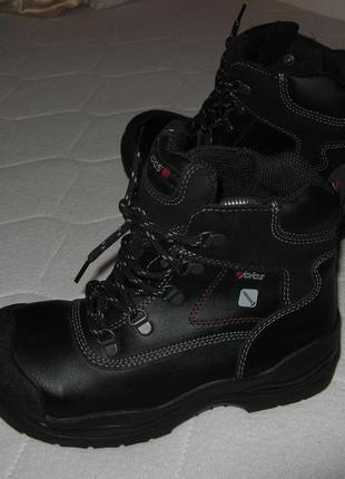 Ботинки кожаные новые jalas оригинал 36 размер новые по стельке 23 см