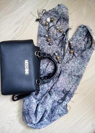 Модная сумочка moschino