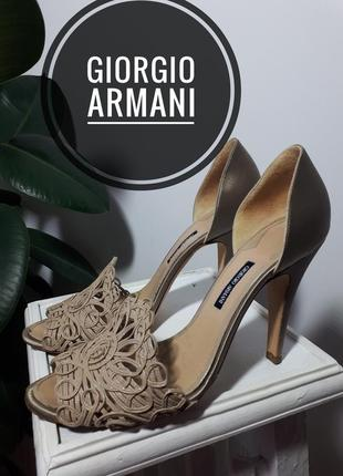 Giorgio armani очень красивые босоножки