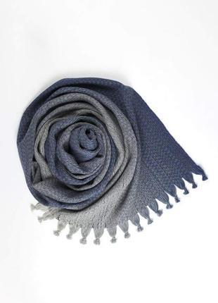 Шикарный шарф из мериносовой шерсти