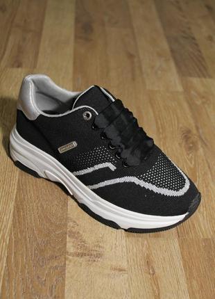 Дуже стильні кросівки dockers кроссовки ботинки