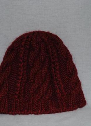 Красивая рельефная шапочка