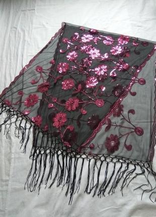 Красивая шаль пр-во италия, 80×56см. новая.