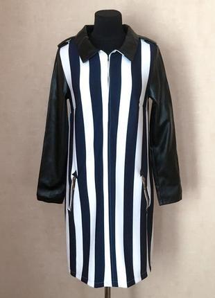 Демисезонное платье прямого кроя в полоску, полиэстр + экокожа