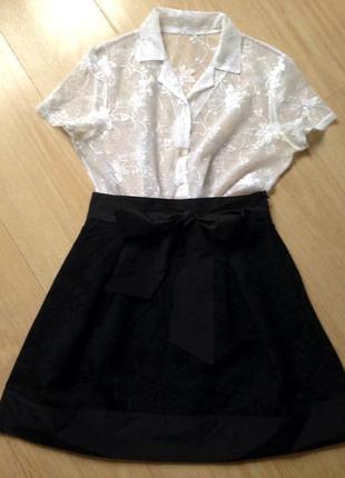 Нарядный французский комплект: юбка-мини и кружевная блуза - s