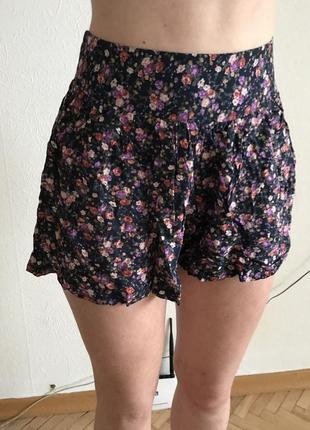 Шорты юбка в цветочный принт2
