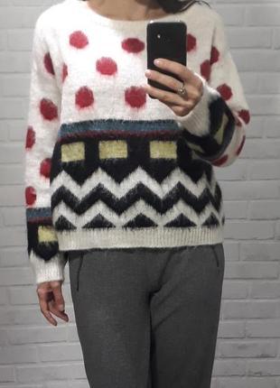 Бренд! стильный крутой свитер