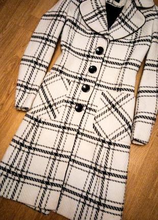 Белое черное пальто миди клетчатое классическое деловое базовое