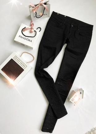 Selected femme крутые джинсы с черными камнями eur 36