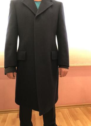 Красивое de luxe пальто номерное, sucess пошито из 100% шерсти в германии