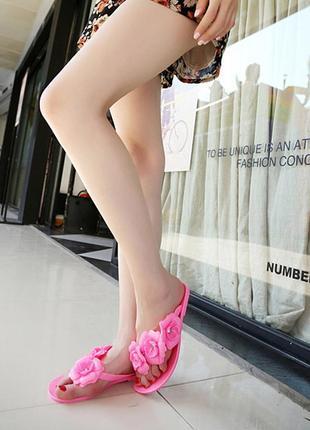 Вьетнамки силиконовые розовые с цветами