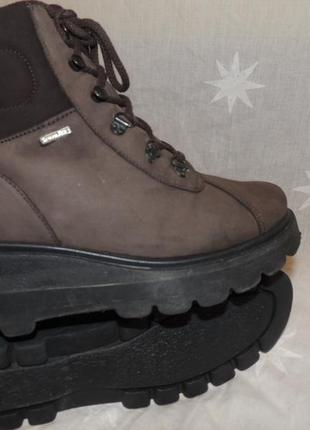 Очень качественные  теплые кожаные ботинки для непогоды и слякости  ronde sympatex