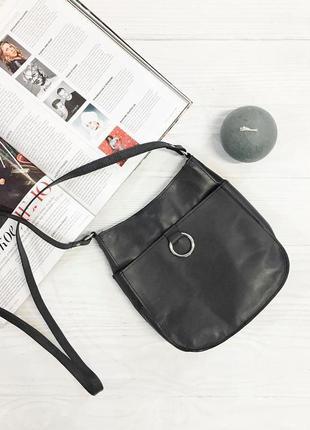 Овальна сумка сток з сайту asos
