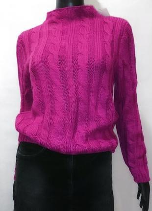 Теплый шерстяной укороченый свитер
