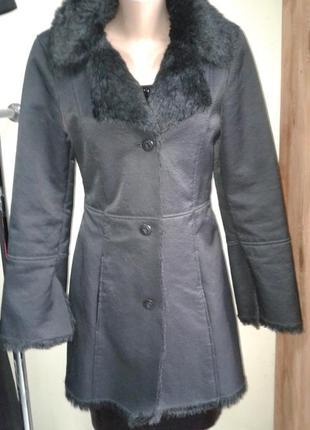Стильная дубленка/пальто