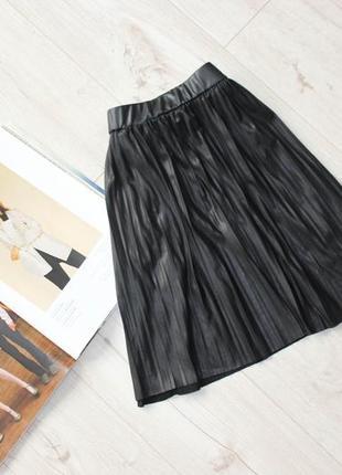 Красивая юбка под кожу клеш на резинке солнце плиссированая хс с 8