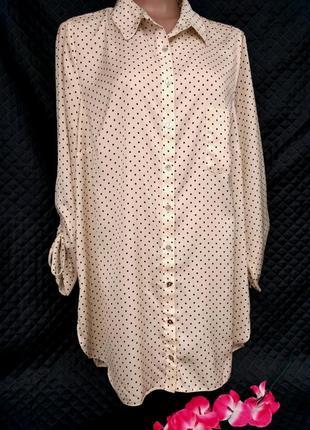Шикарная атласная рубашка   в горошек с удлиненной спинкой размер 18 (48-52)