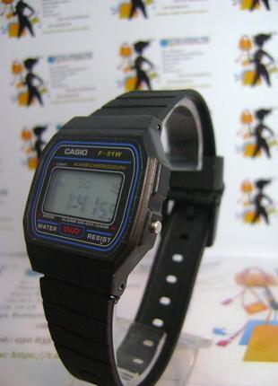 Мужские влагозащищенные электронные часы casio на ремешке