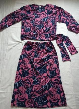 Костюм (блуза и юбка) производство польша 170/96/104.