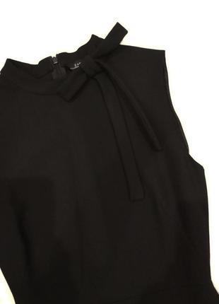 Классическое ,строгое,офисное,деловое платье zara.